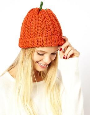 шапки вязаные с логотипом